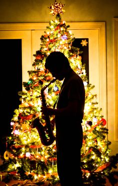 Christmas, Sillouette, Awesome to do with Alyssa and her Sax.