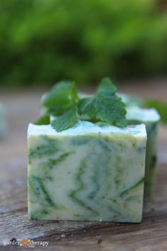 This lemon balm cold process soap recipe is soft and rich. It has a bright lemon-mint fragrance and is naturally coloured with turmeric and green mica. Handmade Soap Recipes, Soap Making Recipes, Canning Recipes, Handmade Soaps, Strudel, Lemon Balm Recipes, Lemon Balm Uses, Cold Press Soap Recipes, Diy Savon