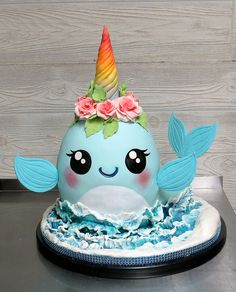 Cupcake Bouquet Discover Narwhal Cake The new unicorn cake. the Narwhal! 7th Birthday Cakes, Animal Birthday Cakes, Animal Cakes, Birthday Kids, Unicorn Cake Pops, Unicorn Cakes, Shark Cake, Pinata Cake, Mermaid Cakes