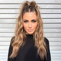 Long Wavy Hairstyles The Envy of Most Women Atemberaubende lange gewellte Frisuren Der Neid der meisten Frauen Box Braids Hairstyles, Cool Hairstyles, Half Braided Hairstyles, Concert Hairstyles, Wedding Hairstyles, Long Wavy Hairstyles, Casual Hairstyles, Festival Hairstyles, Style Hairstyle