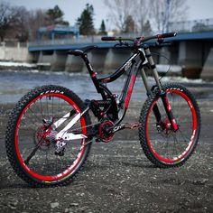 Follow us for the best MTB pics on Instagram!!! Send us your pics DM (but Tell us who the Photograph is)  Rider - Unknown (comment their name) Photograph - Unknown (comment their name)  #allmtb #bmx #bike #biking #bicycle #dirt #downhill #downhillrider #extreme #fox #freeride #follow #freestyle #livestyle #gopro #goprohero #mtb #mtblife #mtbrider #mountainbiking #photooftheday #peoplewhodofunstuff #race #rockshox #specialized #dartmoor #shimano #ProtectFUN  #slopestyle #dh_bro