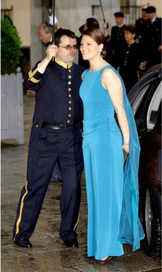 Pin for Later: 44 Reasons Victoria, Crown Princess of Sweden Is the Royal… Princess Victoria Of Sweden, Crown Princess Victoria, Queen Victoria, Celebrity Red Carpet, Celebrity Style, Sweden Fashion, Victoria Fashion, Swedish Royalty, Blue Jumpsuits