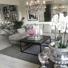 Credit: @homebymatilde ✨ #interior#interiordesign#style#lovelyinterior#homeinspo#roominspo#inspiration#inspo#dailyinspiration#stylish#instahome#instainterior#beautifulhomes#classyhomes#decor#interior4all#home#casa#house#homeinterior#homeandliving#onetofollow#exterior#inspoforall#luxury#luxhomes#classy#homeideas#interiør