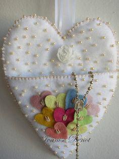 Heart Felt I Love Heart, Happy Heart, Fabric Hearts, Valentines Art, Heart Crafts, Felt Fabric, Felt Hearts, Felt Ornaments, Heart Art