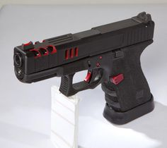 Customized Glock 19 from Lenny Magill's Glock Store