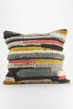 Hooked Stripe Pillow - love the texture. make with cheap rag rug?