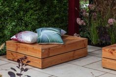 Incredible benches for decorating your garden 5