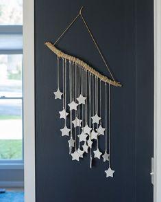 24 Wall Decor Ideas for Girls' Rooms DIY salt dough star wall art Wall Hanging Crafts, Boho Wall Hanging, Diy Hanging, Hanging Stars, Diy Wand, Mur Diy, Christmas Crafts, Christmas Ornaments, Christmas Ideas