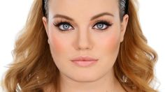 The only way to do an Adele makeup look properly is to ask the person who created THAT look. Thanks to guest artist Michael Ashton (http://www.michaelashtonb...