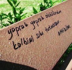 Yaprak yaprak dökülürdüm kalbimi sıkı tutmasam... - Attila İlhan / Maria Missakian #sözler #anlamlısözler #güzelsözler #manalısözler #özlüsözler #alıntı #alıntılar #alıntıdır #alıntısözler #şiir #edebiyat