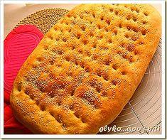 Lagana for Lent (Sarakosti) Greek Bread, Greek Cake, Bread Rolls, No Bake Cookies, Greek Recipes, Simple Pleasures, No Bake Desserts, Hot Dog Buns, Brunch