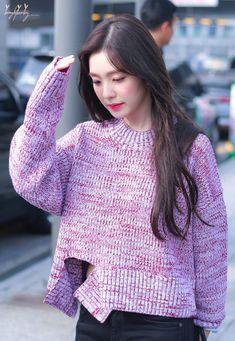 Beautiful Girl like Fashition Seulgi, Irene Red Velvet, Velvet Fashion, Kpop Fashion, Airport Fashion, Asian Fashion, Airport Style, Incheon, Kpop Girls
