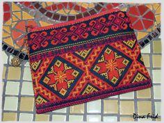 Cross Stitch Borders, Cross Stitch Designs, Cross Stitching, Cross Stitch Patterns, Embroidery Bags, Embroidery Stitches, Embroidery Patterns, Bargello Patterns, Palestinian Embroidery