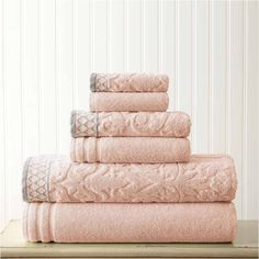 Pacific Coast Textiles Jacquard Solid 6-pc. Bath Towel Set ($50) ❤ liked on Polyvore featuring home, bed & bath, bath, bath towels and jacquard bath towels