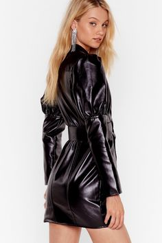 Too Much is Faux Leather Enough Mini Dress Rubber Dress, Looks Pinterest, Vinyl Clothing, Latex Dress, Leggings Fashion, Leather Fashion, Lady, Fashion Outfits, Fasion