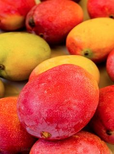 Gorgeous Mangos. Must eat color. Are you smiling?