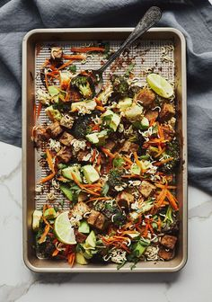 🥦 Tofu and Roasted Broccoli & Peanut Sauce 🍽 Great healthy recipe ideas and meal menus to suit every taste of your favorite grocery store Source by vilelatiffany Pasta Salad Recipes, Raw Food Recipes, Veggie Recipes, Vegetarian Recipes, Healthy Recipes, Healthy Soy Sauce, Salad Shop, Dairy Free Recipes Easy, Confort Food