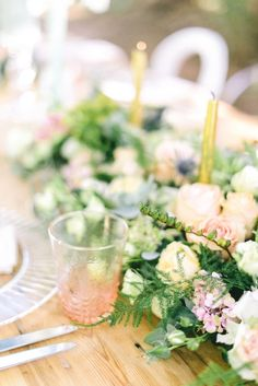 Pastel tablescape |