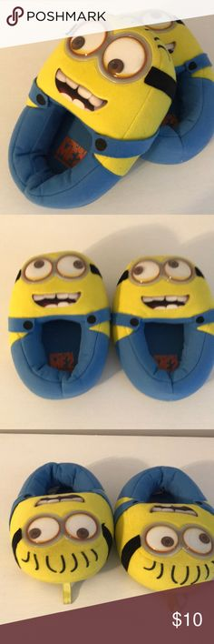 Kids Slippers Despicable me 2 kids slippers. The eyes move and make it really fun to walk, size small 11-12 Universal Studios Shoes Slippers