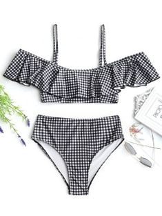 Shop the best swimwear deals and sale at Zaful. You can get sexy and cute swimwear, bikinis, swimsuits, bathing suits and more at discount price. Swimwear Sale, Bikini Swimwear, Bikini Set, Bikini Beach, Summer Bathing Suits, Girls Bathing Suits, Cute Bikinis, Cute Swimsuits, Fashion Swimsuits