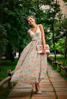 Grandiosos Vestidos y las mejores faldas de temporada