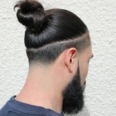 nice 70 Beautiful Taper Fade Haircut Styles For Men – Find Your Lifestyle Check more at machohairstylesc… - Black Haircut Styles Mens Long Hair Undercut, Taper Fade Haircut, Medium Undercut, Man Bun Undercut, Hair And Beard Styles, Curly Hair Styles, Black Haircut Styles, Man Bun Hairstyles, Gorgeous Hairstyles