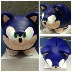 Sonic puerquito alcancia Pig Bank, Color Me Mine, Personalized Piggy Bank, Cute Piggies, Godchild, Animal Sculptures, Diy Painting, Sonic The Hedgehog, Diy Crafts