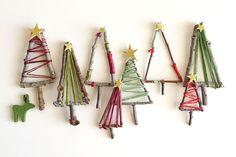 How To Make Mini Christmas Tree Decorations – Mini Twig Christmas Tree Mini Christmas Tree Decorations, Twig Christmas Tree, Noel Christmas, Diy Christmas Ornaments, Twig Tree, Homemade Xmas Decorations, Christmas Tree Images, Simple Christmas, Twig Crafts