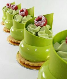 Image in Desserts collection by Polina on We Heart It Elegant Desserts, Fancy Desserts, Gourmet Desserts, Beautiful Desserts, Just Desserts, Delicious Desserts, Dessert Recipes, Yummy Food, Mini Cakes