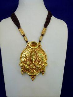 Temple jewellery __Ganesha Baithak Pendant