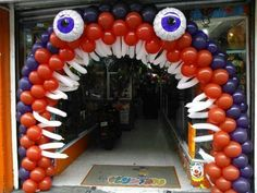Monster Birthday Parties, 4th Birthday, Balloon Decorations, Halloween Decorations, Happy Halloween, Halloween Party, Deco Ballon, Halloween Balloons, Balloon Animals
