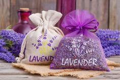 Wypróbowaliście już woreczki z motywem lawendy? #saszetkazapachowa #zapachdoszafy #zapachdoauta #zapachlawendy #lawenda #linenbag #organzabag #organzabags #woreczkizorganzy #woreczeknalawendę #lawendowyworeczek #woreczekjutowy #dekoracje #decoration #decorations #ozdoba #wiosna #spring #printemps #summer #lavender