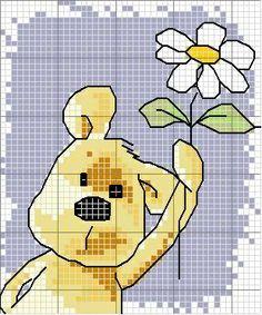 Ursinho oferece flor