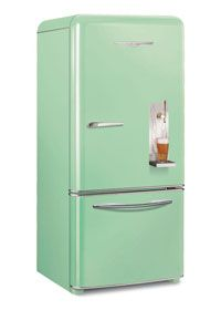 vintage looking kegerator. living the dream. obsessed with everything Elmira