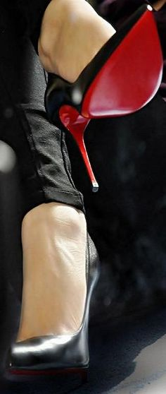 friday morning louboutins - red soles on louboutin pigalle 120. #shoeporn #actionshot