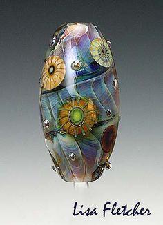 Floating  Glass  Bead von lisafletcher auf Etsy