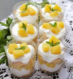 Tiramisu cu ananas - Tiramisu fara oua - Desert De Casa - Maria Popa Food Cakes, Pudding, Foodies, Cake Recipes, Food And Drink, Cooking Recipes, Yummy Food, Sweets, Baking
