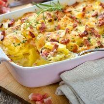 Découvrez la recette de Pommes de terre à la normande , Plat à réaliser facilement à la maison pour 4 personnes avec tous les ingrédients nécessaires et les différentes étapes de préparation. Régalez-vous sur Recettes.net