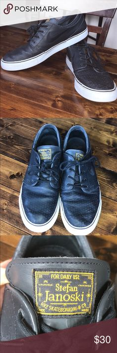 5b903d6e7b26f Nike SB Zoom Stefan Janoskis Nike SB Zoom Stefan Janoskis Black Leather  Excellent condition worn a few times by a shoe freak Nike Shoes Sneakers