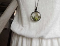 Flover lover annes laces moss terrarium necklace by MARIAELA