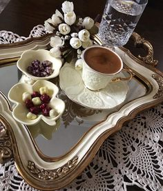 Find images and videos about coffee, cafe and caffeine on We Heart It - the app to get lost in what you love. Coffee World, Coffee Is Life, I Love Coffee, Coffee Cafe, Coffee Drinks, Coffee Shop, Arabic Coffee, Turkish Coffee, Ground Coffee Beans