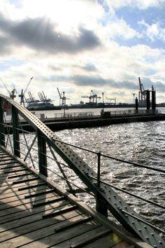 Fotografien von Hamburg  Vom Hafen bis Duvenstedt kommt alles vor die Linse! Gern auch nach Auftrag. Preis für 60x90 Fotodruck inkl. Versand (Leinwand auch möglich)