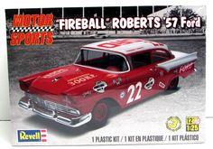 """Shore Line Hobby - 1957 Ford """"Fireball Roberts"""" Revell #85-4024 1/25 Scale Race Car Model Kit"""