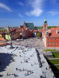 Postcard from Warsaw, POLAND. (by radimersky) Places To Travel, Places To See, Warsaw Poland, Warsaw City, Visit Poland, Poland Travel, Ukraine, Historical Monuments, Eastern Europe