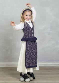 Martha Festdrakt - Viking of Norway Baby Barn, Old And New, Norway, Vikings, Diy And Crafts, Flower Girl Dresses, Normcore, Knitting, Wedding Dresses