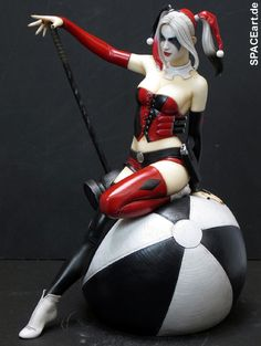 Luis Royo: Harley Quinn, Statue ... http://spaceart.de/produkte/lry004.php