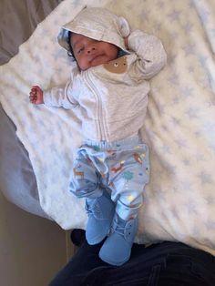 Cute Black Baby Boys, Beautiful Black Babies, Cute Baby Boy, Cute Little Baby, Pretty Baby, Cute Baby Clothes, Newborn Black Babies, Twin Baby Girls, Baby Boy Swag