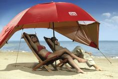 A Better, Portable Beach Umbrella - great for windy days on the beach