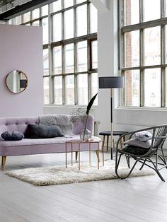 Zimmer Einrichten Ideen Wohnzimmergestaltung Hellrosa Akzentwand Sofa