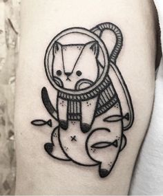 Hugo Tattooer cat